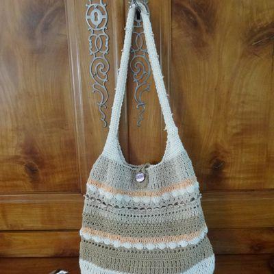 """""""Perlette""""  un sac perlé au crochet"""