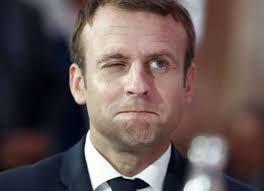 Macron et son mea culpa au 20 heures sur toutes les télévisions