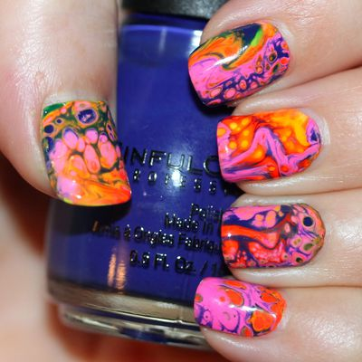 Psychedelic Fluid Nail Art Feat. Sinful Colors Hypnotic Transforming Top Coat in Rebel Rebel