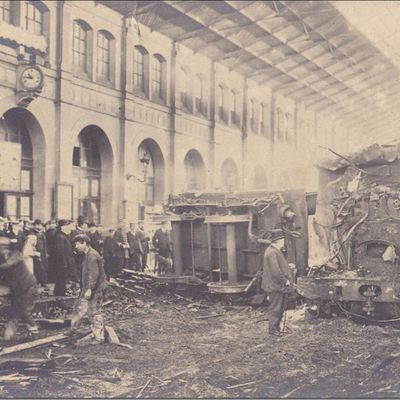 Train fou en gare de Clermont en 1905