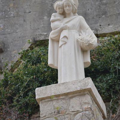 La Vierge Mystérieuse De Chamaret (Drôme 26)