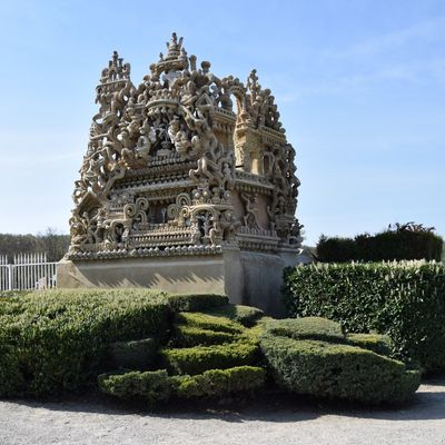 Le tombeau du facteur Cheval