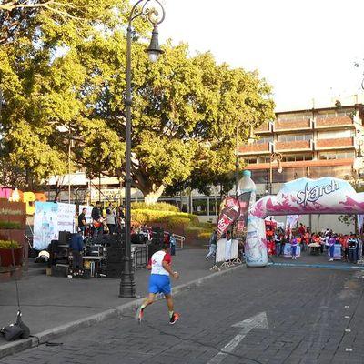 Cuernavaca certains dimanches, les rues appartiennent aux sportifs