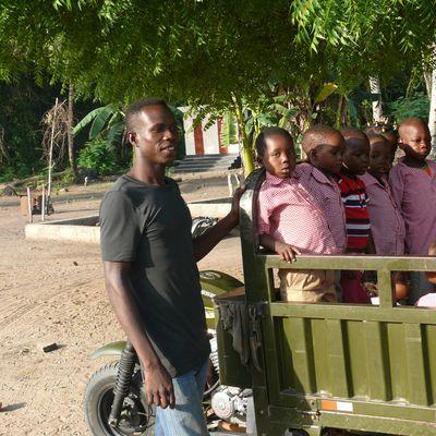 Djoumbala Contes d'Afrique et d'Orient,samedi 30 mars à Saint-Aquilin (24)