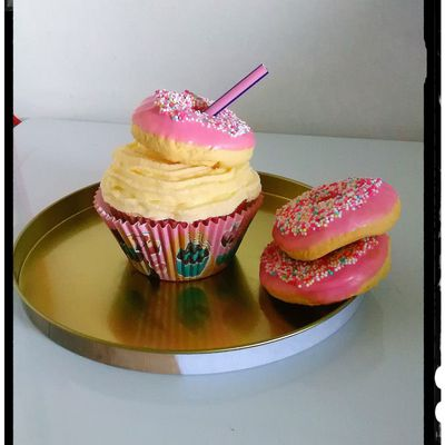 Cupcake vanille compote cerise pêche ananas