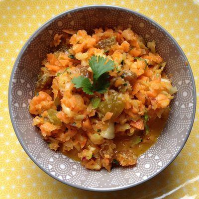 encore une salade vitaminée...carottes,fenouil,coriandre,orange et miel