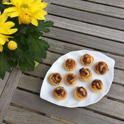 Mini tartelettes au chèvre, miel et noix de cajou