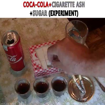 Vidéos - Que se passe-t-il si on mélange du coca-cola, du sucre et de la cendre ? 😱