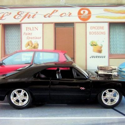 DOM'S DODGE CHARGER R/T FAST AND FURIOUS JADATOYS 1/32