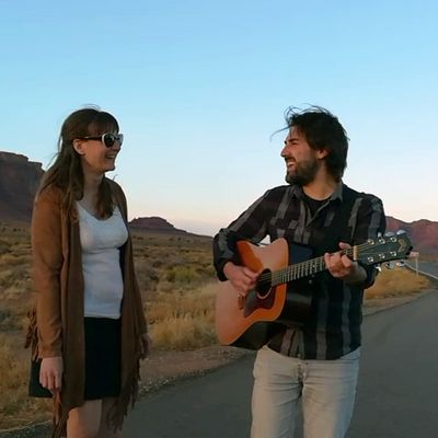 #Musique - Le duo folk Molly's Kiss dévoile son premier album A piece of Us  !