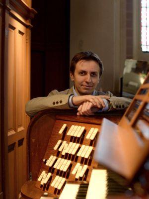 thomas lacôte, une place remarquée parmi les organistes français, des activités musicales multiformes et un destin de compositeur