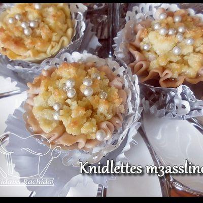 Knidlettes m3aslines