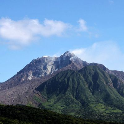Situation of Soufrière Hills and Erta Ale.