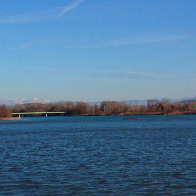 Entre deux ponts, la confluence Drôme-Rhône