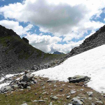 Le rocher de Sarvatan (2510 m.) - Adapar