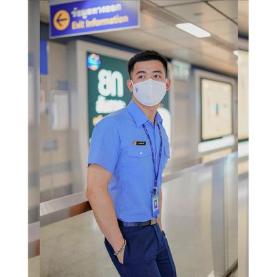 "Taluangsuk Borribun (Bangkok, Thailand) : ""... Wearing a mask is part of the uniform ... ✌️"""