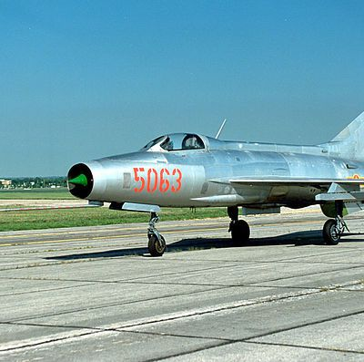 MIG21 f13 - Montage maquette TRUMPETER 1/48
