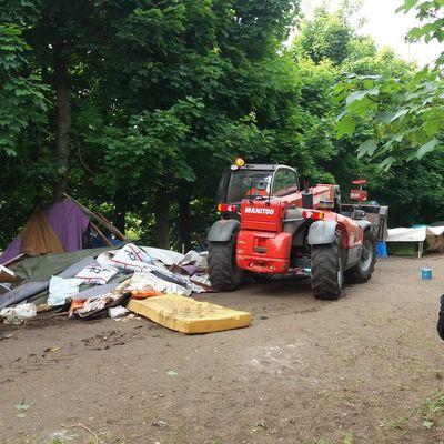 Wissous (91) : le maire fait écraser un camps de Roms