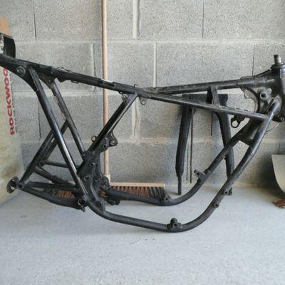 En préparation ... Honda CB 750 K2 Un peu Spécial.... A suivre