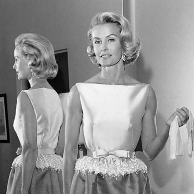 Dina Merrill, 93, an heiress, a rebel, and, briefly, a Hollywood star