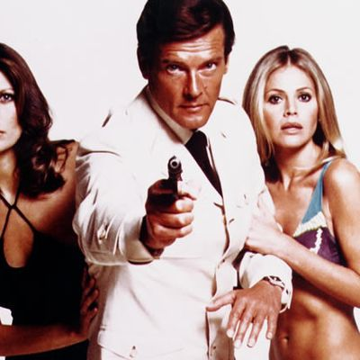 Irreverent and knowing as James Bond: Sir Roger Moore obituary