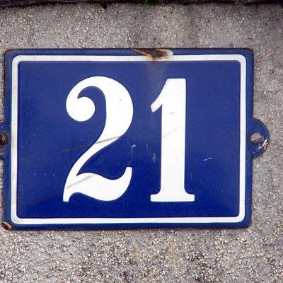 Calendrier de l'avent CASE 21