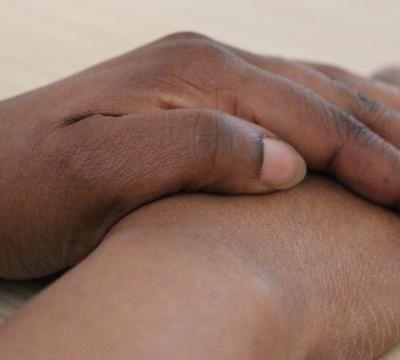 FRANCE - Normandie : une alençonnaise lance une pétition en ligne pour aider une Nigériane