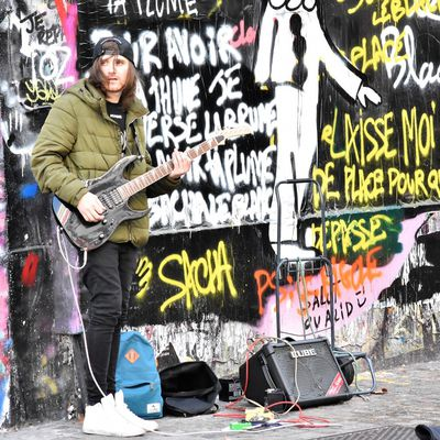 GUITARISTE CRASH ON STREET ART