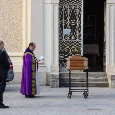 Le coronavirus frappe durement le clergé italien