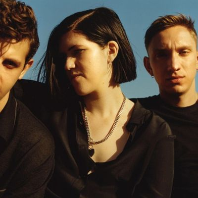 The XX sort le clip d'I Dare You et c'est beau !
