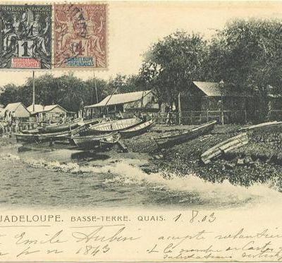 Deux naissances à bord du navire hôpital Armide, Basse-Terre (Guadeloupe)