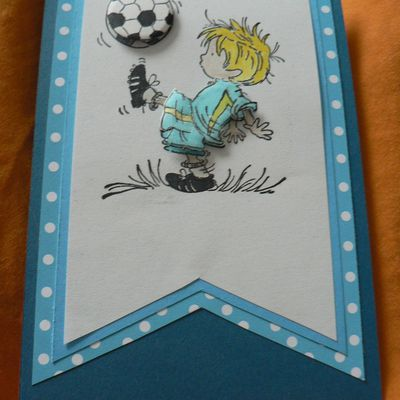 Carte scrapbooking football bleu