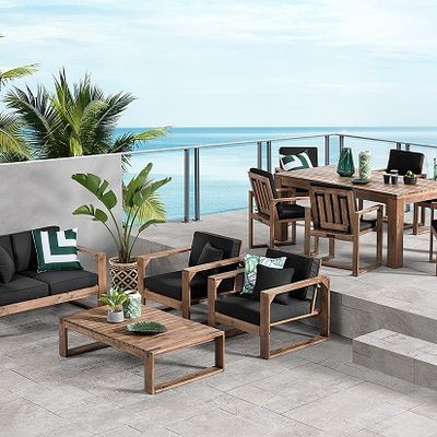The Trendiest Wooden Outdoor Furniture Pieces