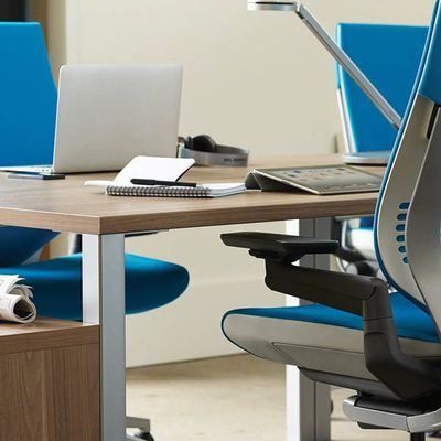 Simple Tricks to Enhance the Aesthetics and Productivity in Your Office