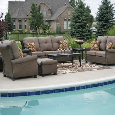 How to Properly Clean Wicker Patio Furniture Sets