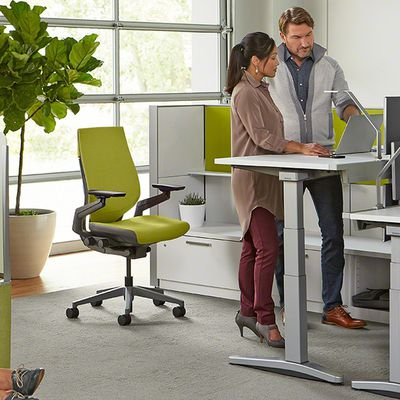 Height-adjustable Desks - Stay a Position Ahead of Muscle Pain