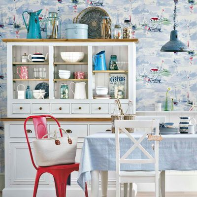 Dining Room Storage Solutions: Keep the Clutter Away