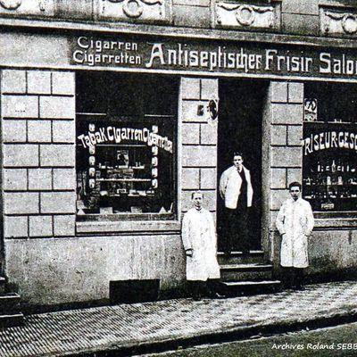 N° 32 rue Jean Burger à Algrange - Salon de coiffure - Epicerie - Mercerie - Poissonnerie