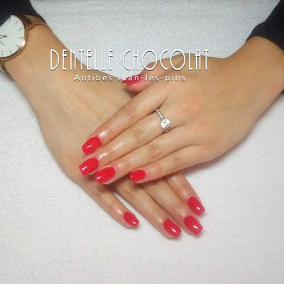 Antibes Ongle rouge . Ongle Juan-les-pins