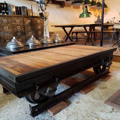 TABLE BASSE WAGONNET - DESIGN INDUSTRIEL :