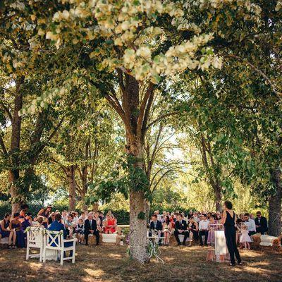 Julie et Cyril, une cérémonie au cœur de la nature et une émotion à fleur de peau!