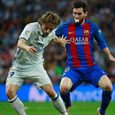 le FC Barcelone arrache la victoire 3-2