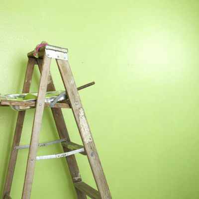 Painting high walls without a ladder