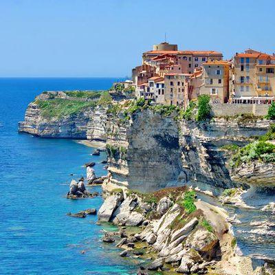 La Corse, l'Ïle de beauté - Córcega, la isla de la belleza.