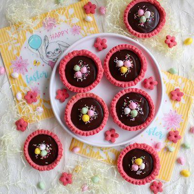 Tartelettes de Pâques au chocolat et Biscuits Roses
