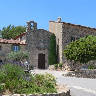 Boucle La Roquebrussane - La source des Orris - Le Hameau Les Molières et la chapelle Saint Louis