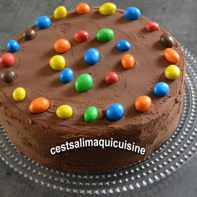 Gâteau aux M&M's cachés