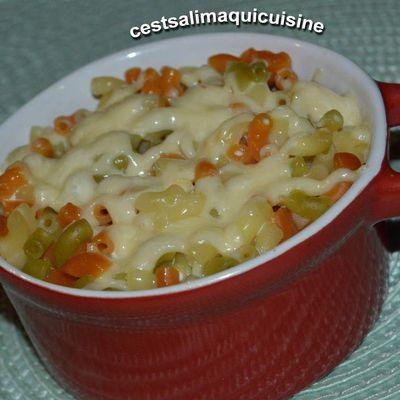 Parmentier de coquillettes tomates et épinards