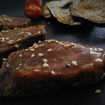 Canard poêlé sauce au miel et graines de sésame