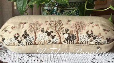 Tante pecorelle da uno schema di Renato Parolin per un cuscino a caramella